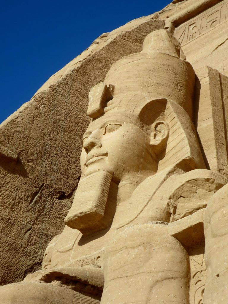 Abu Simbel 1-09