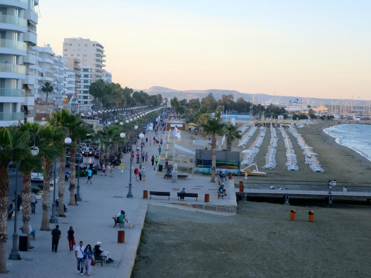 Larnaca 1-04