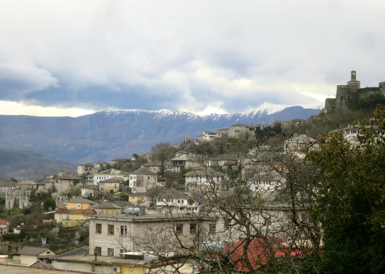 Tirana 1-02