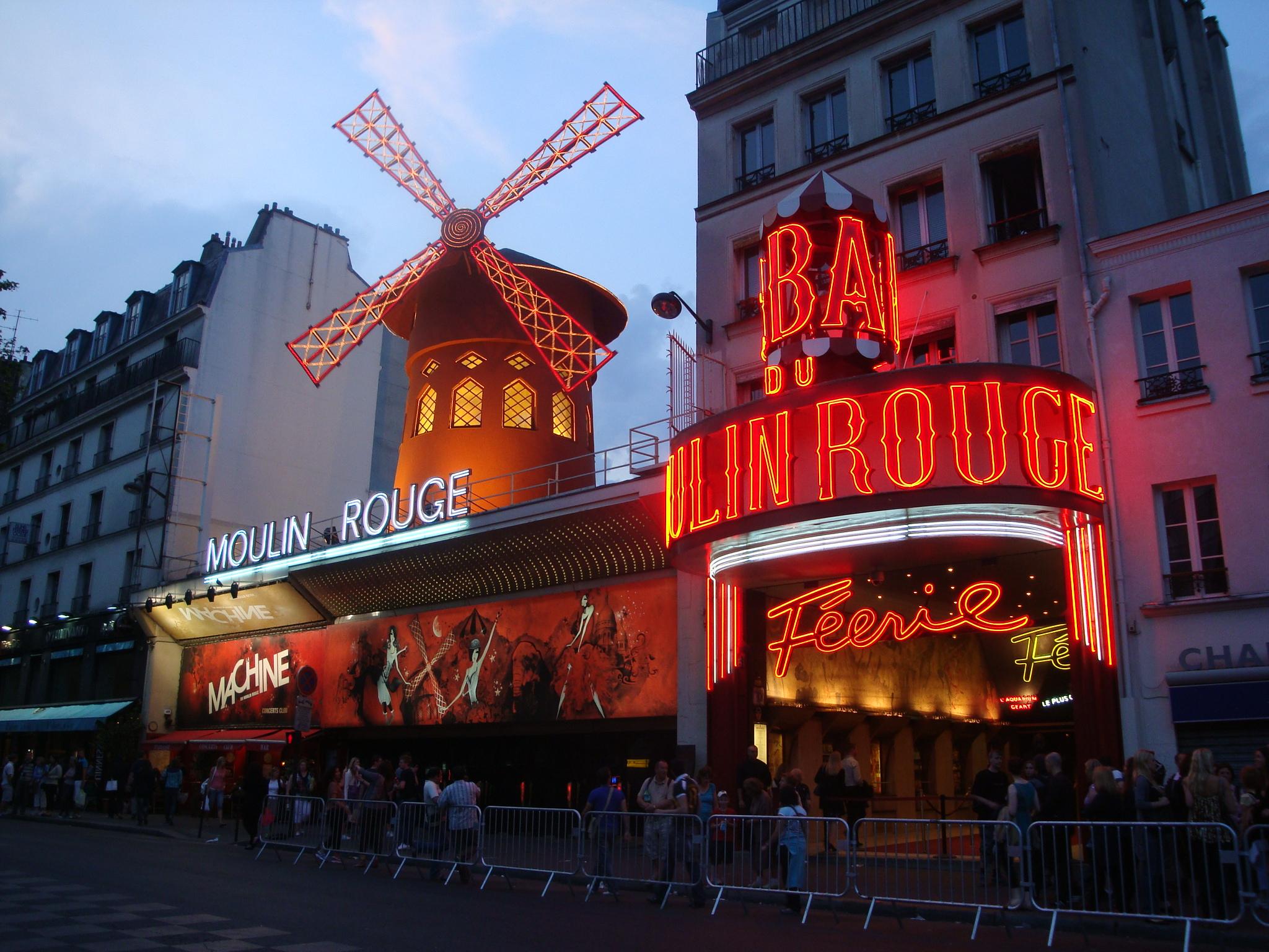 Paris 3-moulin rouge