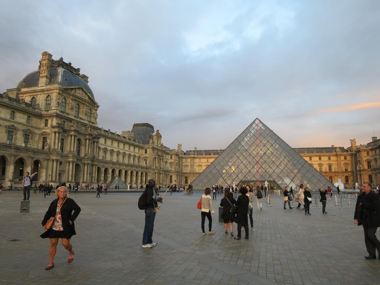 Paris 4 Museu Louvre 01