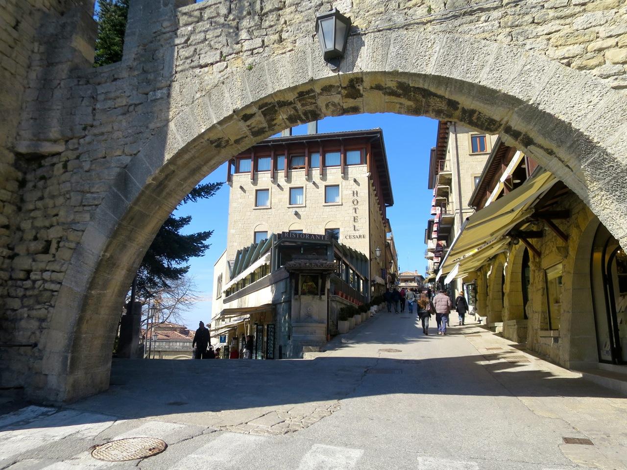 San Marino 1 01