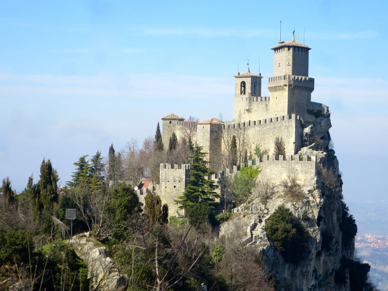 San Marino 1-05