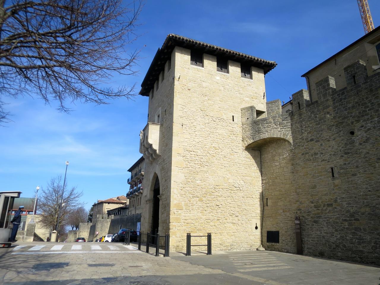 San Marino 1-06