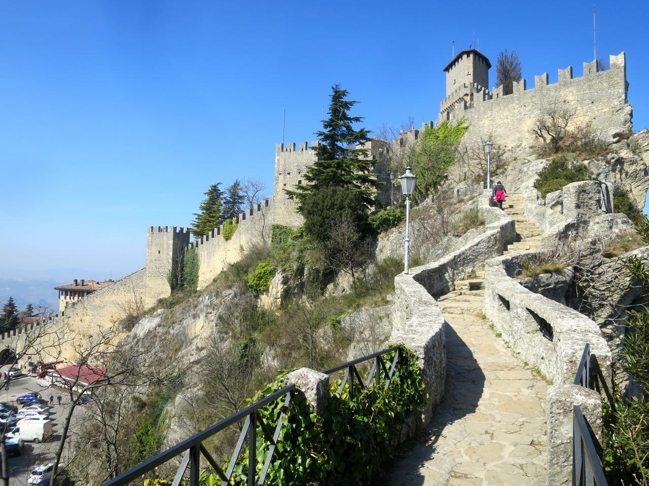 San Marino 1-32