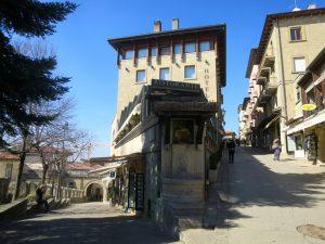 San Marino 1-36