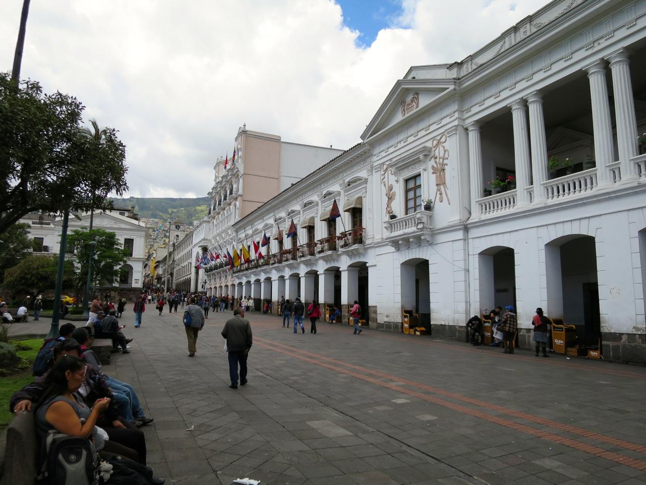 Quito 1 10