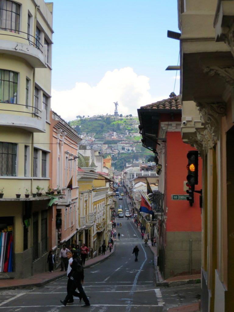 Quito 1 22