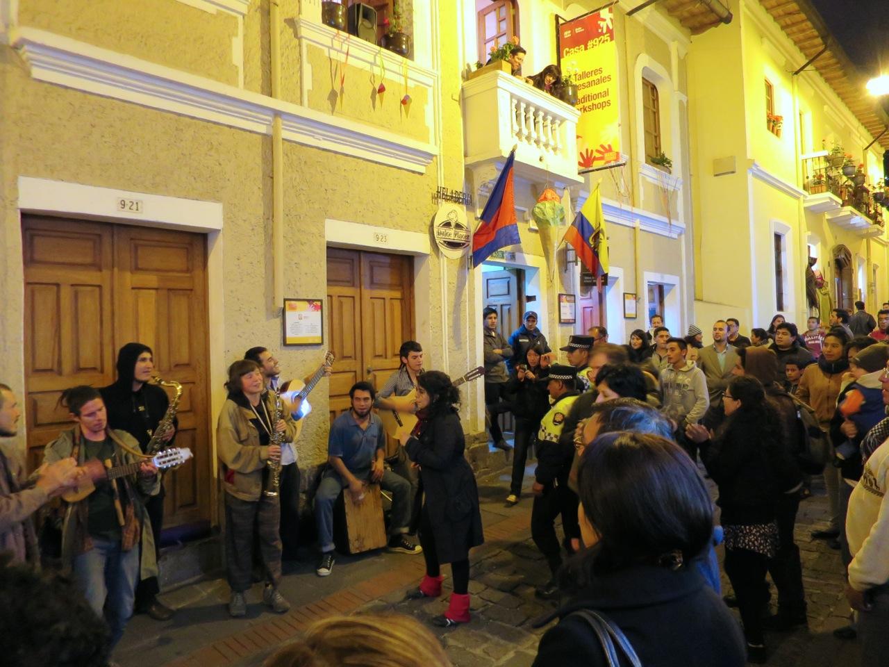 Quito 1 24