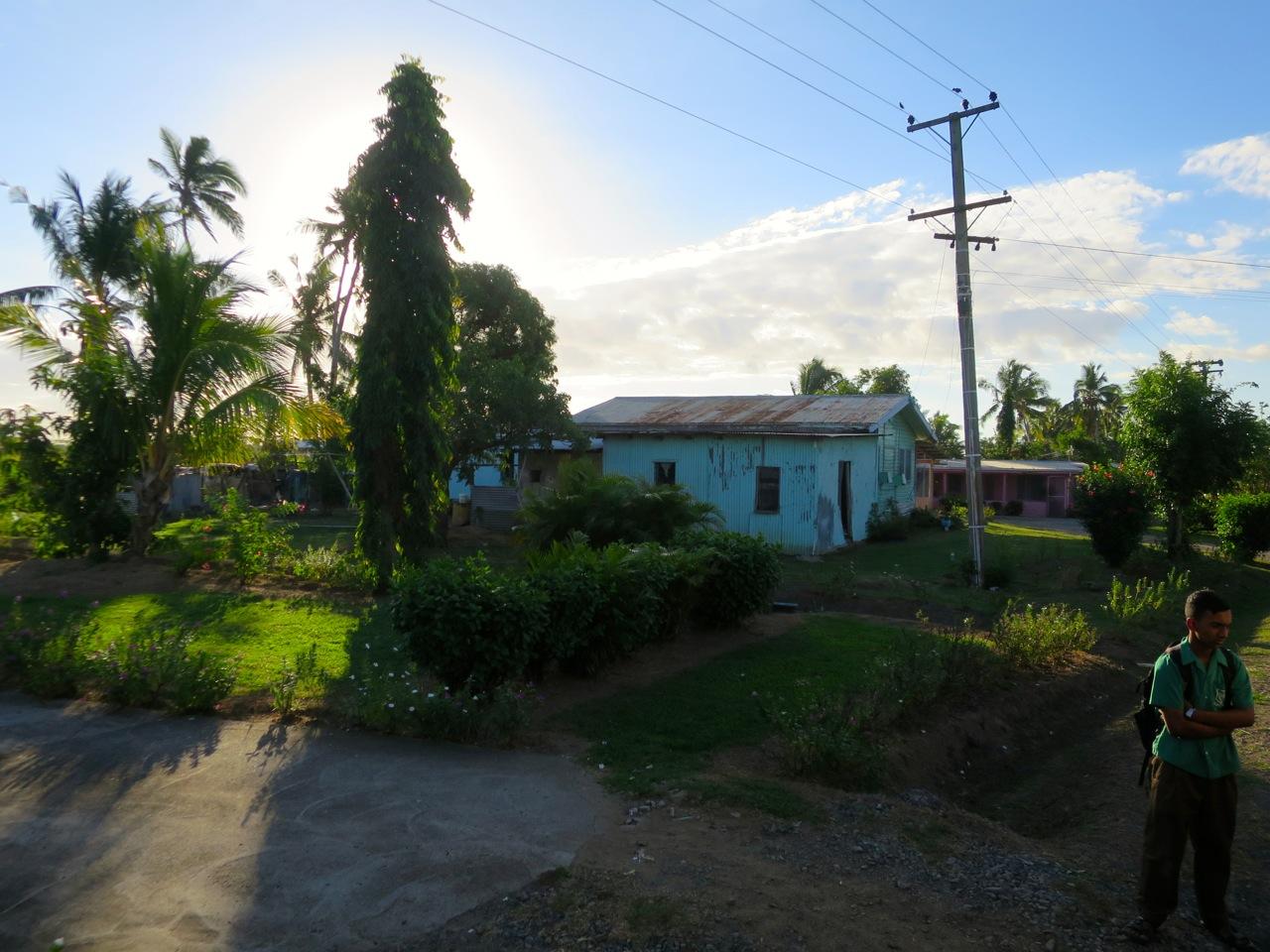 Fiji 4 18