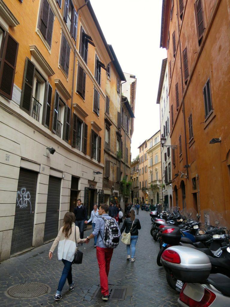 Roma 1 11