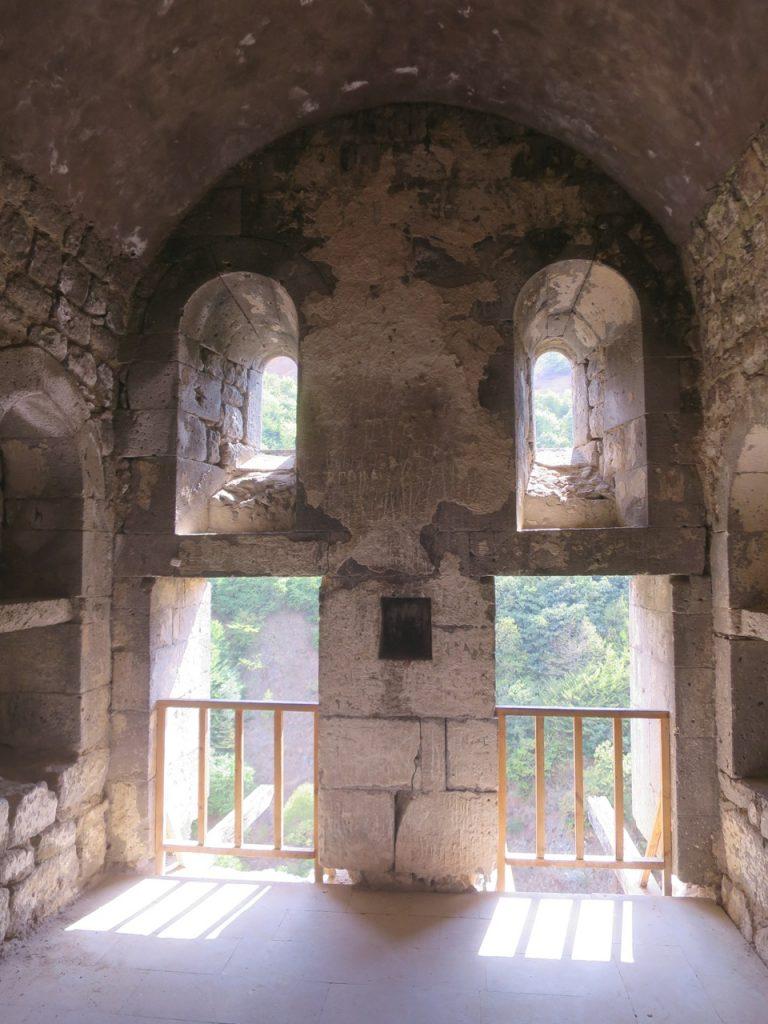 Tatev 1 31