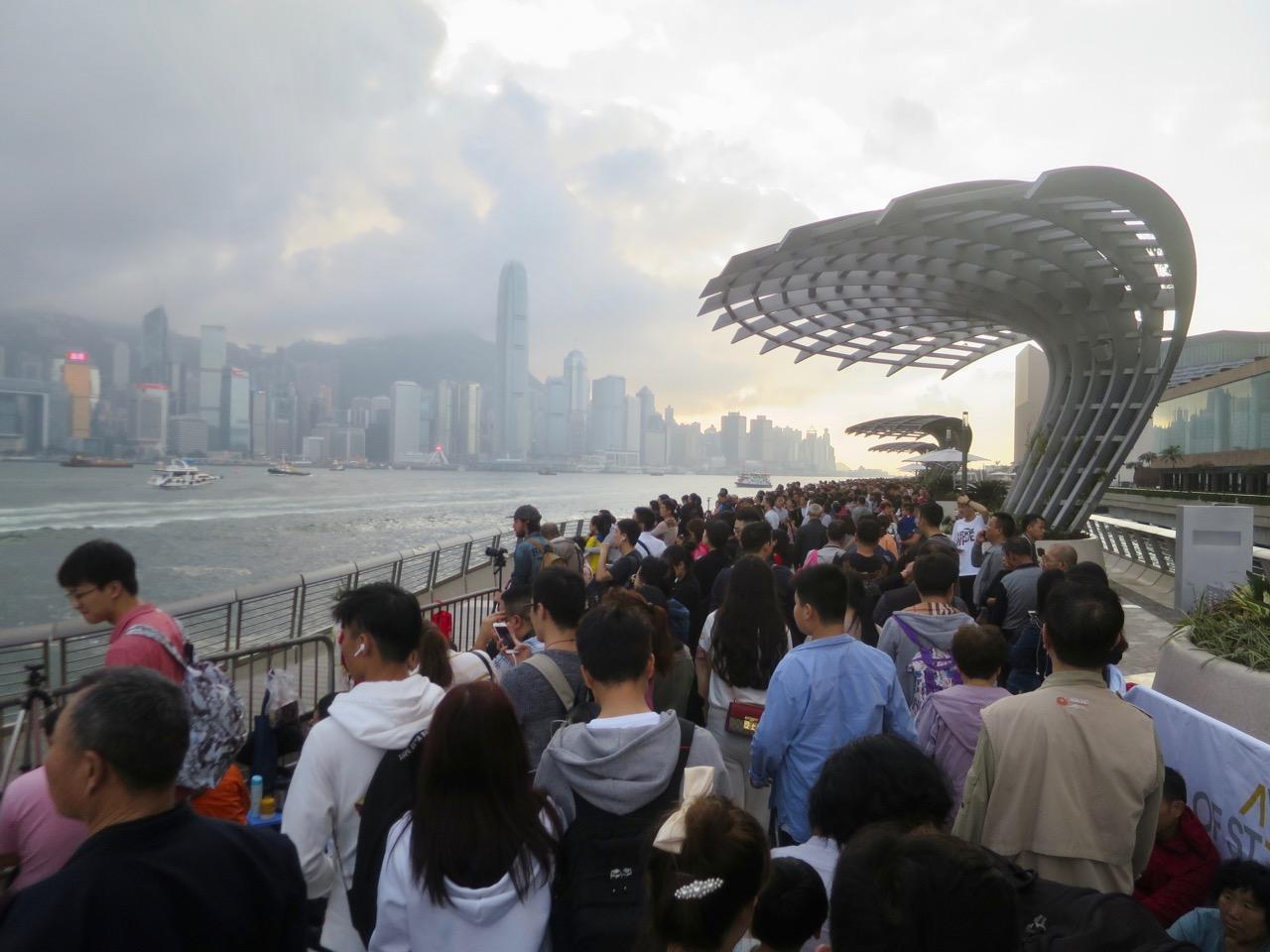Hong Kong 6 37