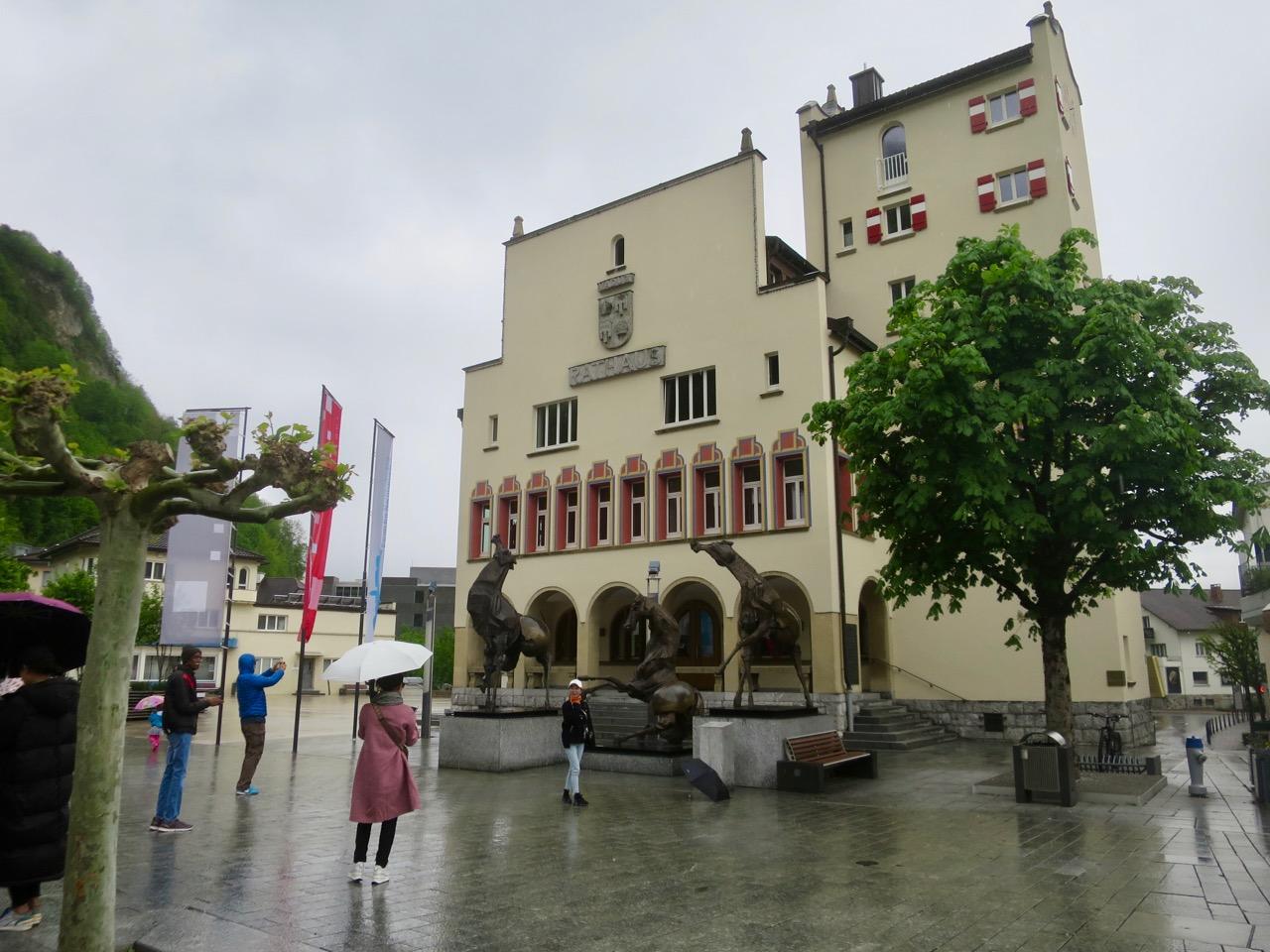 Liechtenstein 1 12