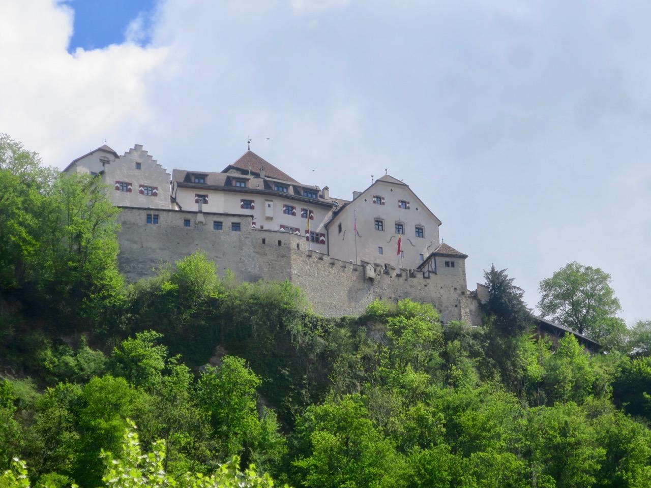 Liechtenstein 1 27