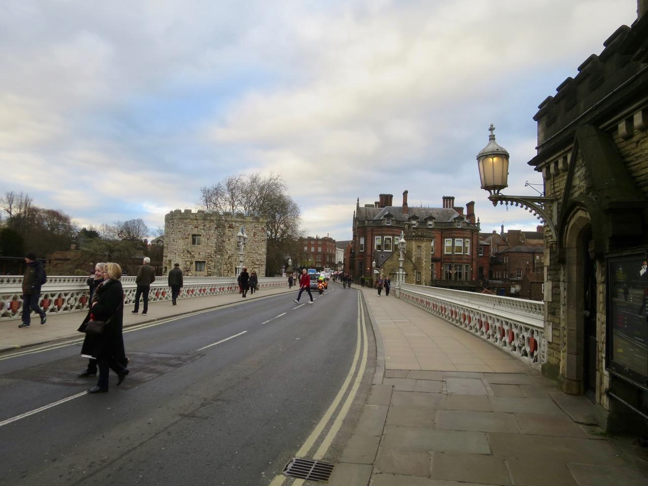 York 1 09