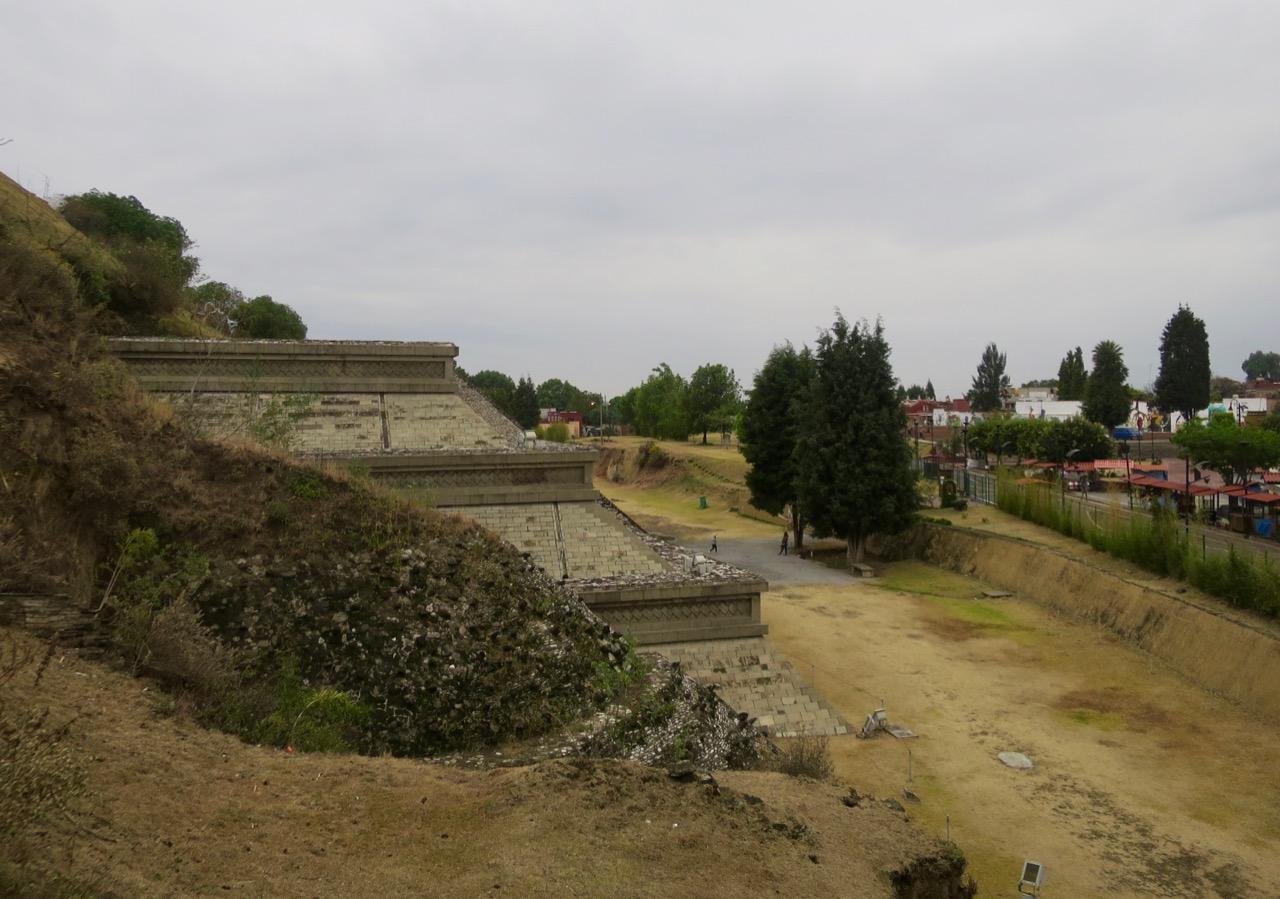 Cholula 1 06