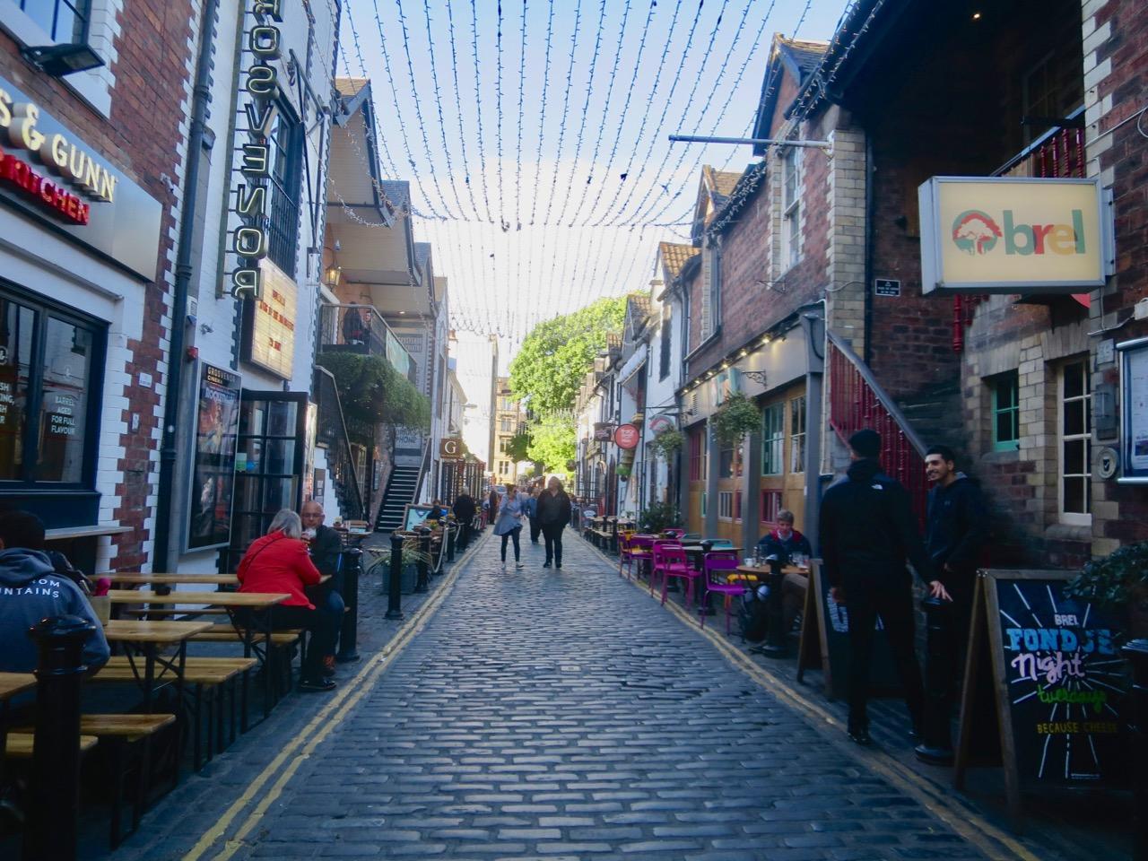 Glasgow 1 06