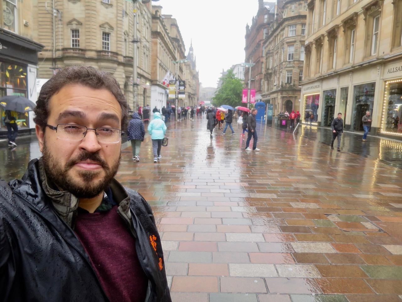 Glasgow 1 30