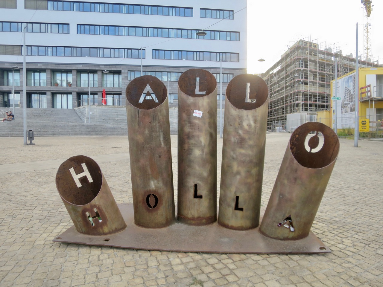 Halle 1 02
