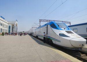 Uzbek trains 1 01