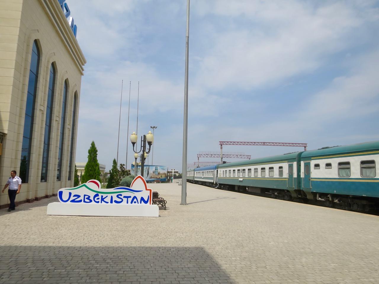 Uzbek trains 1 04