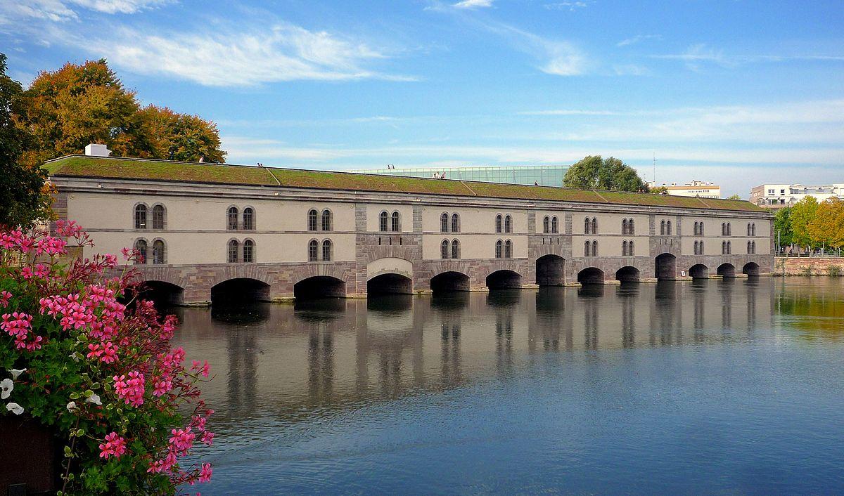 1200px Strasbourg Barrage Vauban après restauration 2012 01