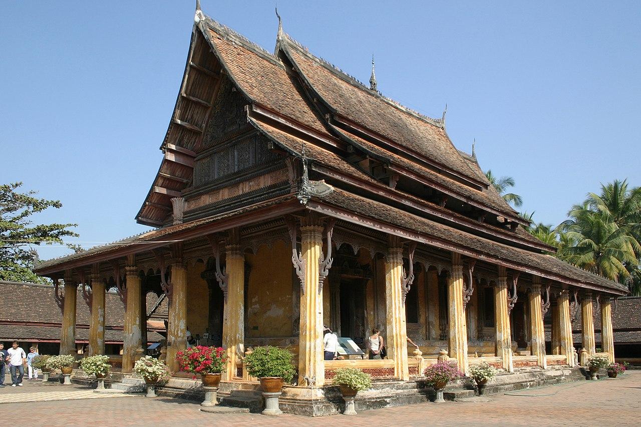 1280px Vientiane Wat Sisaket 02 Sim gje