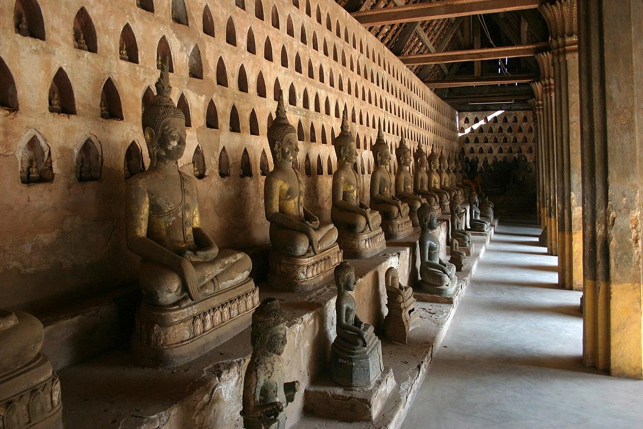 1280px Vientiane Wat Sisaket 16 Buddha Galerie gje