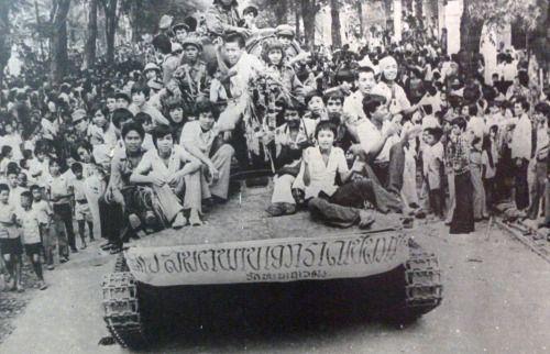 Fim Guerra Civil do Laos