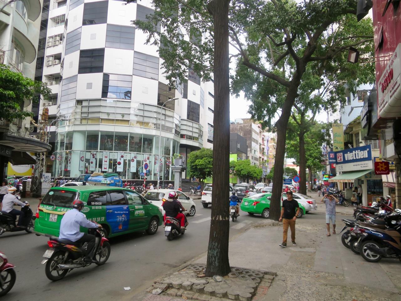 Ho Chi Minh 1 06