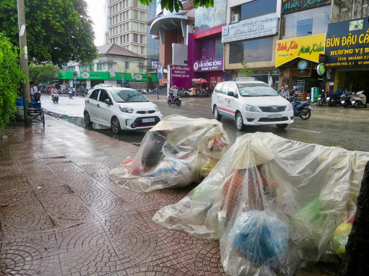 Ho Chi Minh 1 10