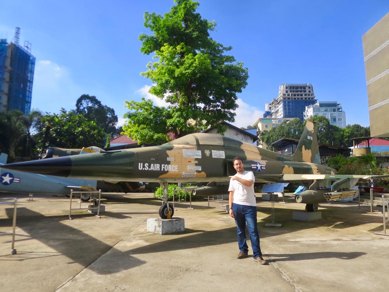 Ho Chi Minh 1 16