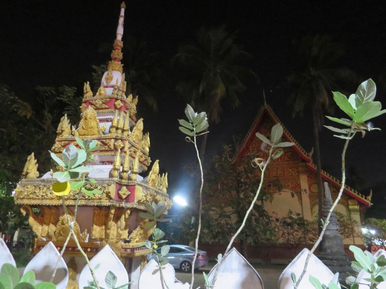 Vientiane 1 04
