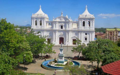León Nicaragua 1 01