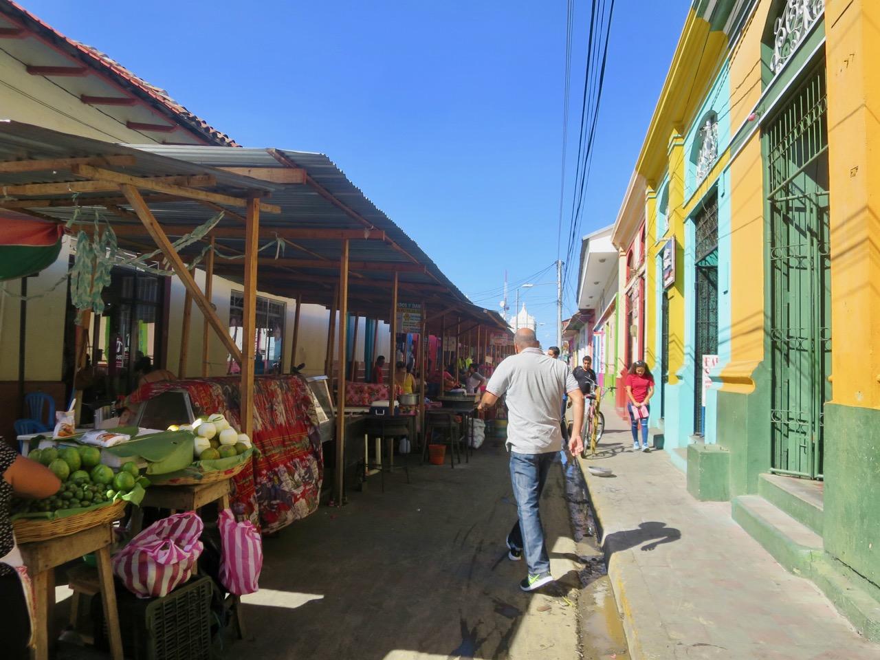 León Nicaragua 1 06