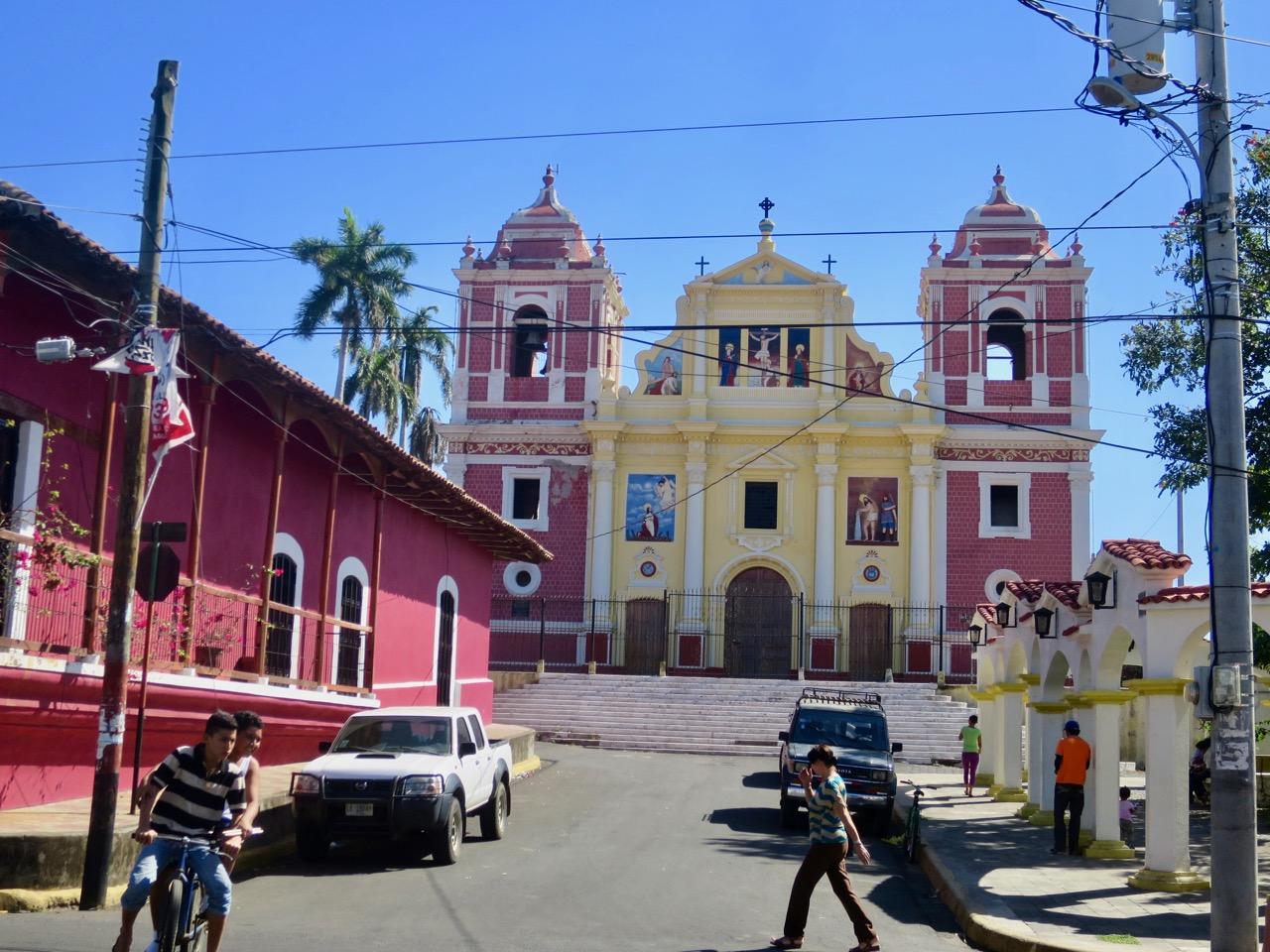 León Nicaragua 1 13