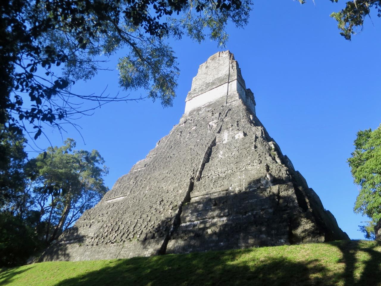 Tikal 1 10