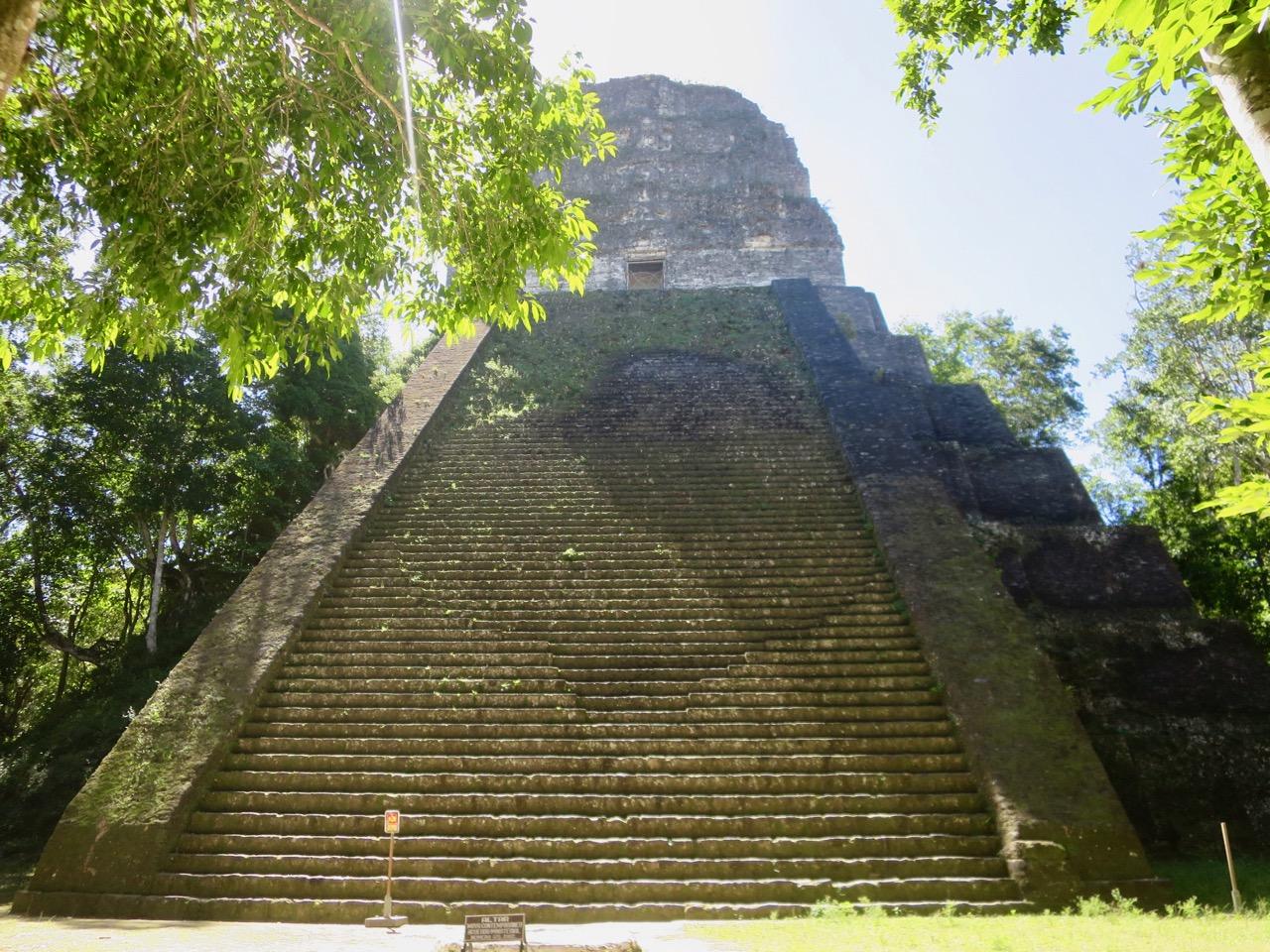 Tikal 1 23