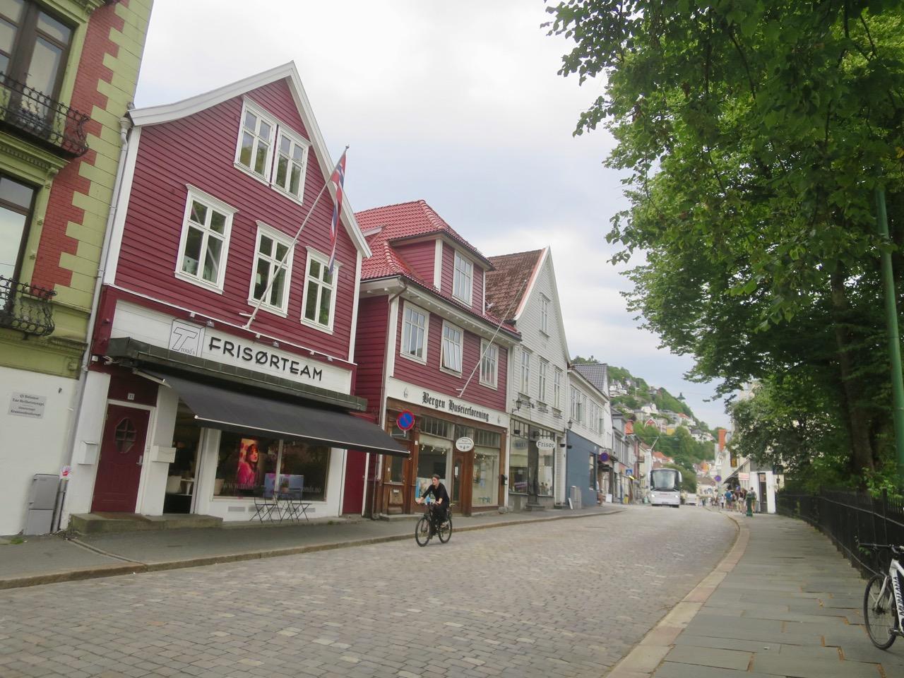 Bergen 2 30