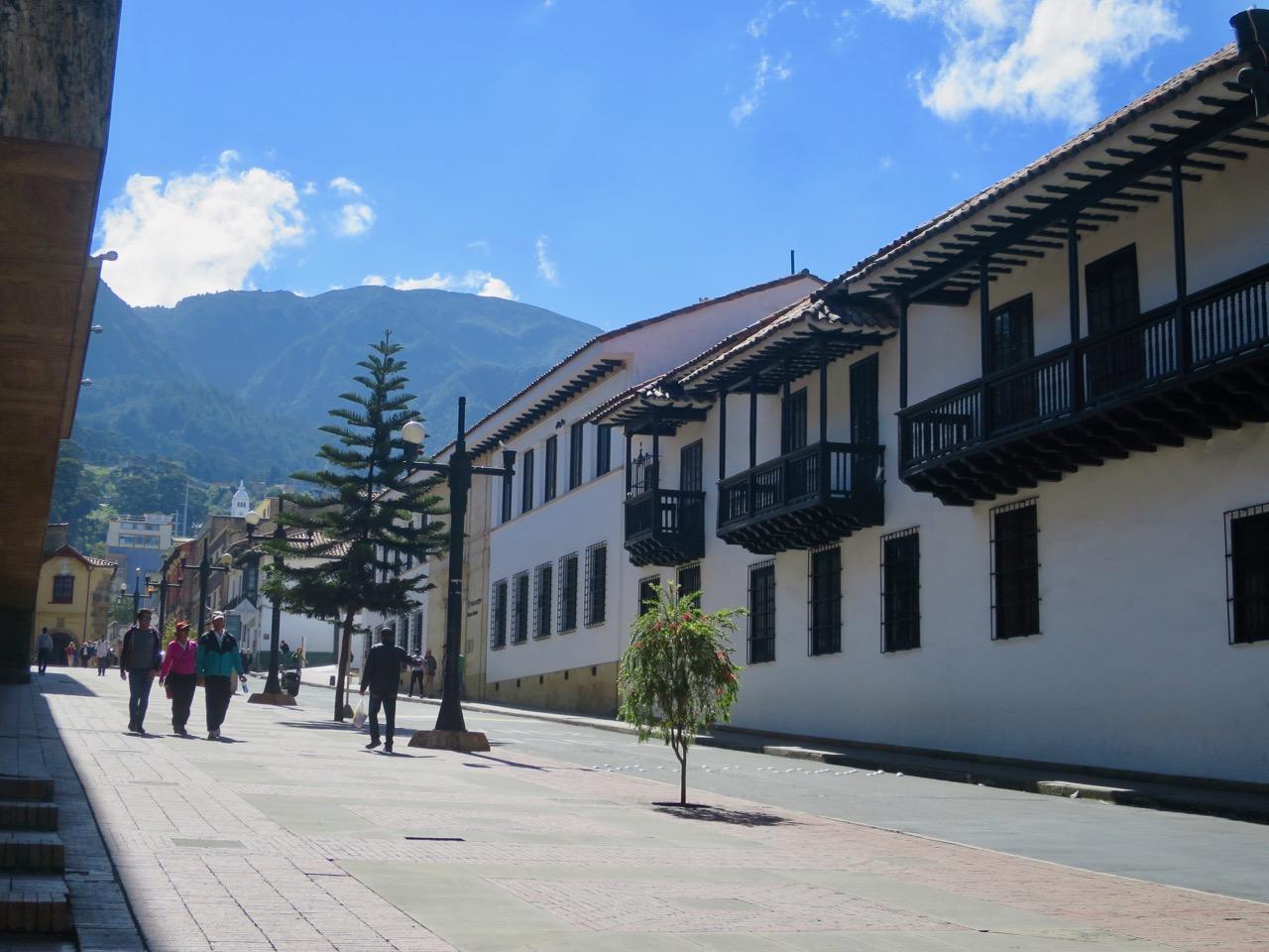 Bogota 1 24