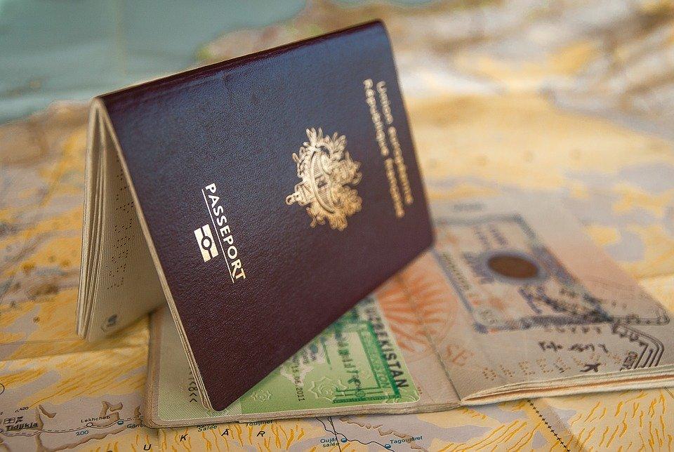 Vistos e passaporte