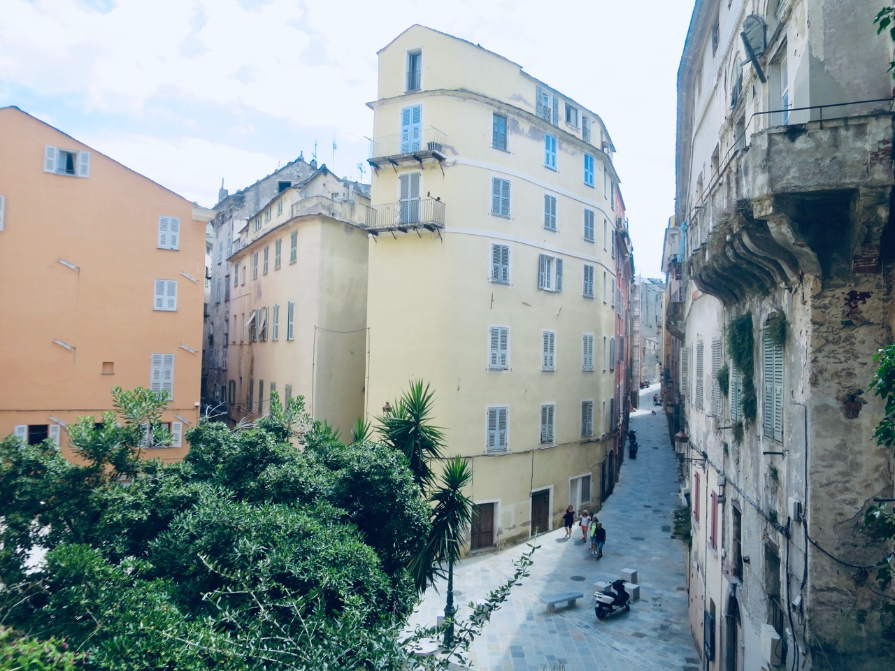 Bastia 1 10