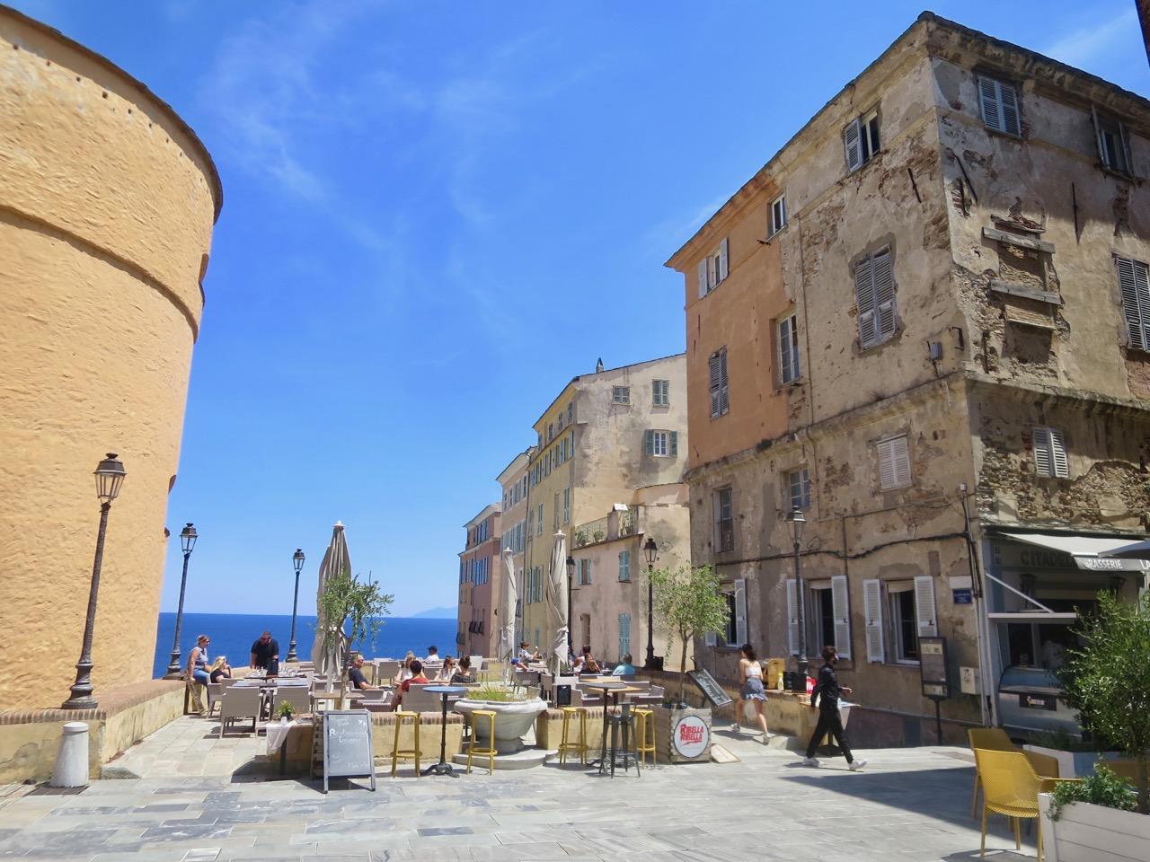 Bastia 1 19