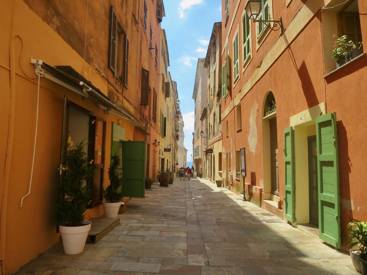 Bastia 1 25