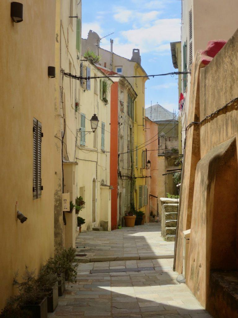 Bastia 1 43