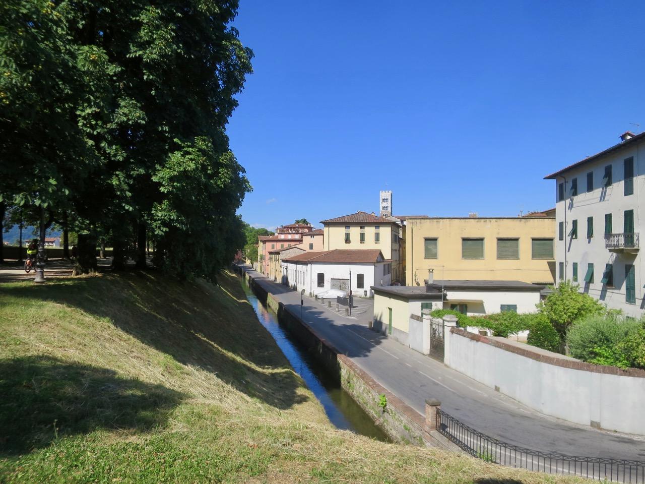 Lucca 1 03