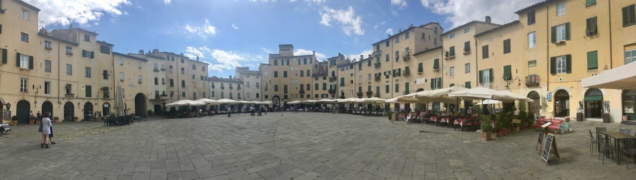 Lucca 1 11