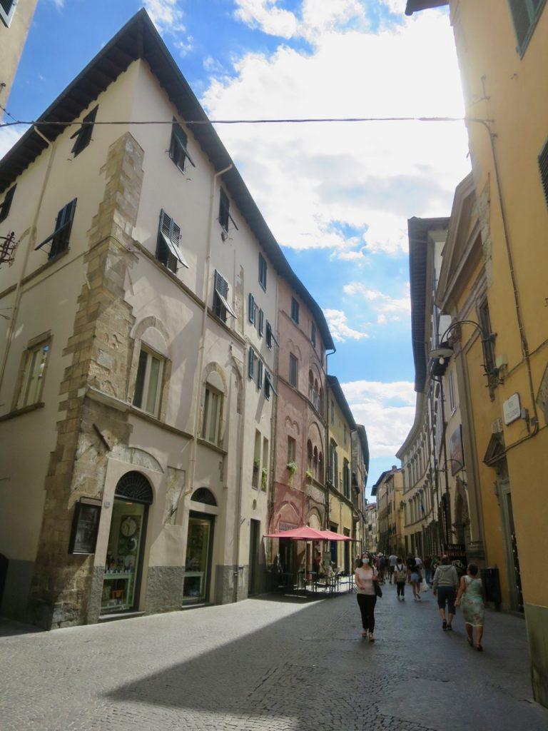 Lucca 1 13