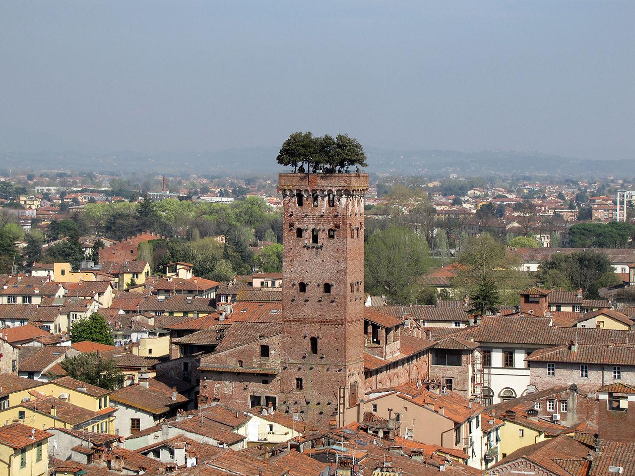 Lucca 1 15